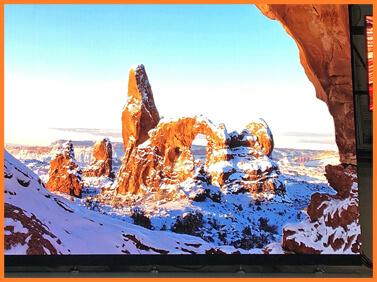 Desay Series T · 4K · 3840 * 2160 · ultra fine pixel · LED panel